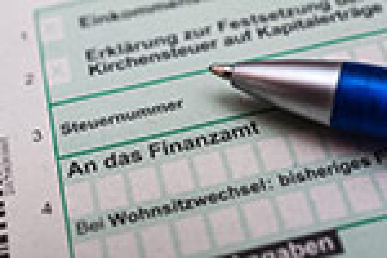 AdobeStock_328475603_Seite-2_2_Einkommenssteuererklärung